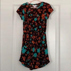 Size 6 LulaRoe Mae Dress